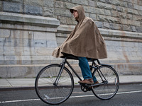 rain cape for cyclists