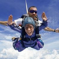 tandem skydiving gift certificate